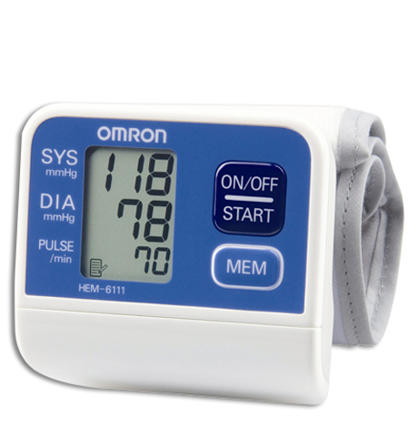 Máy đo huyết áp cổ tay Omron Hem 6111