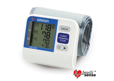 Máy đo huyết áp cổ tay Omron Hem 6200
